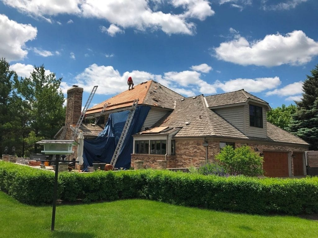 Finding a quality cedar roof contractor doesn't have to be difficult
