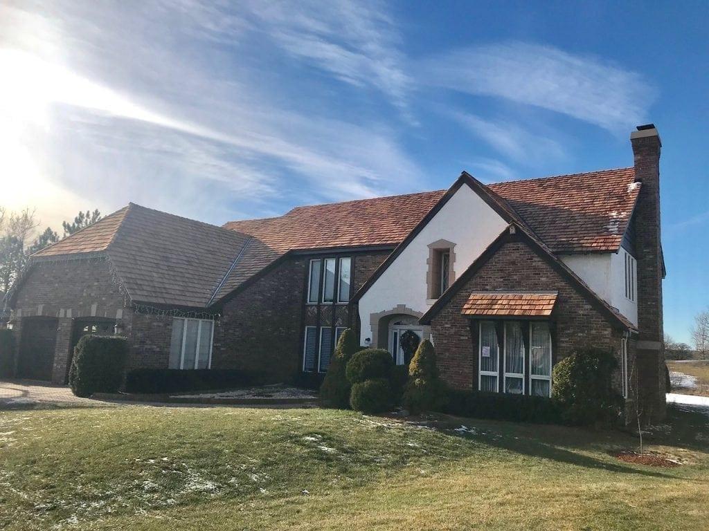 Barrington Hills IL cedar roofing contractor