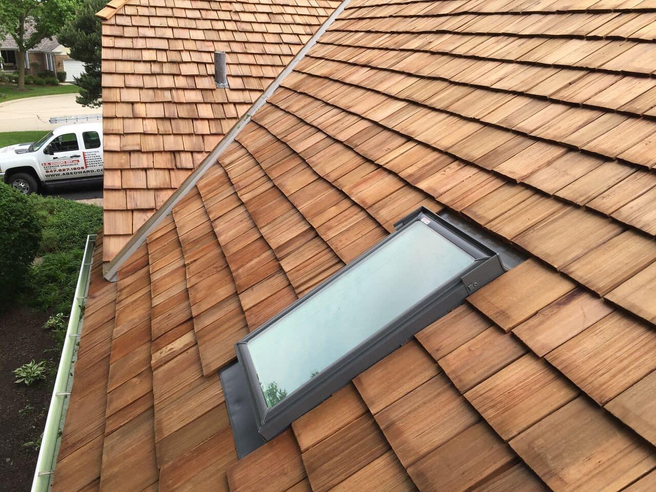Prevent cedar roof moss growth