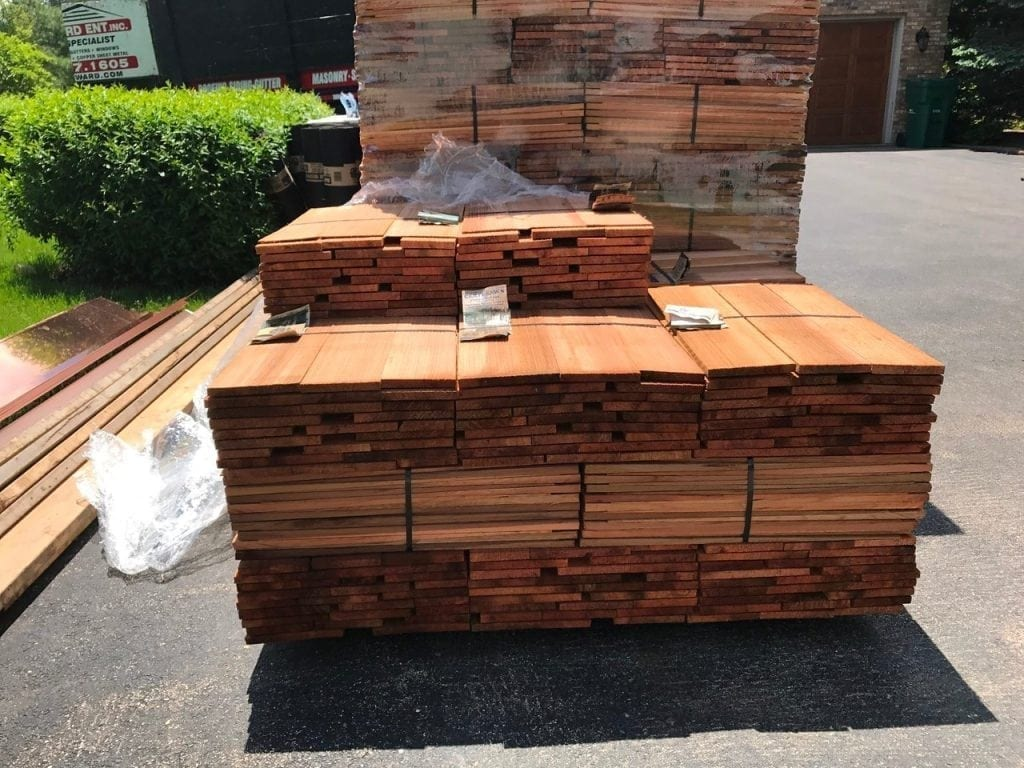Cedar roofing contractors should use the best in cedar roofing materials
