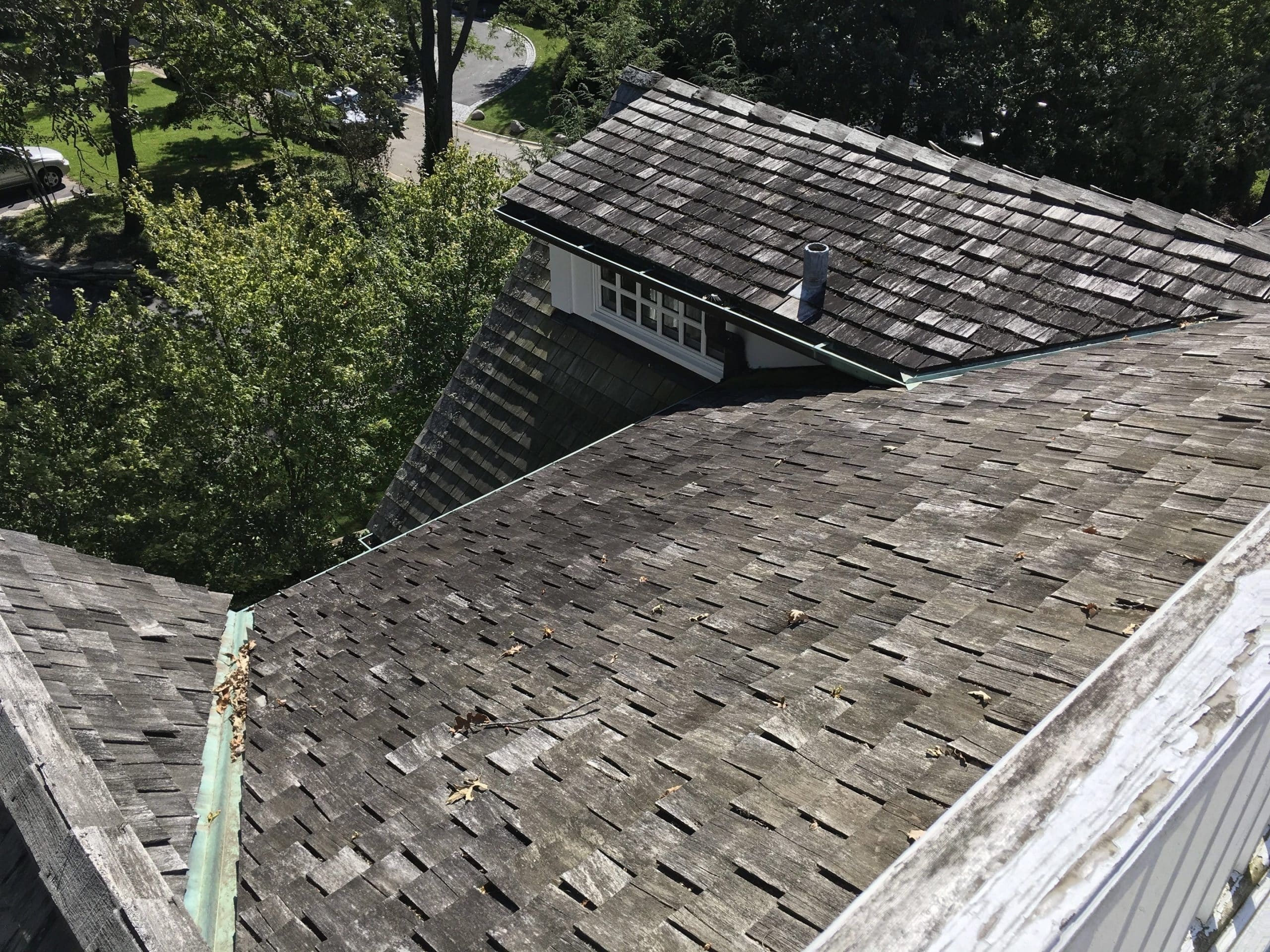 How do I know if my cedar shake roof is bad?